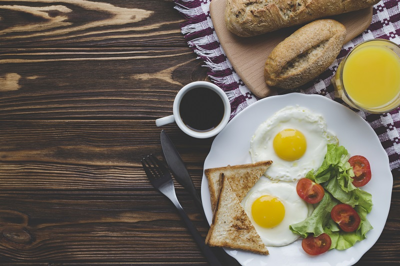 Набор веса, диабет и не только: последствия отказа от завтрака грозят проблемами со здоровьем